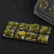 Highland Bases, Square 25mm (x8)